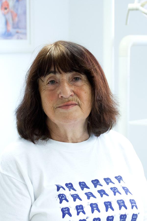 Gisela Hammerschmied, Hygiene und Renigung der Zahnarztpraxis Rügamer in Straubing